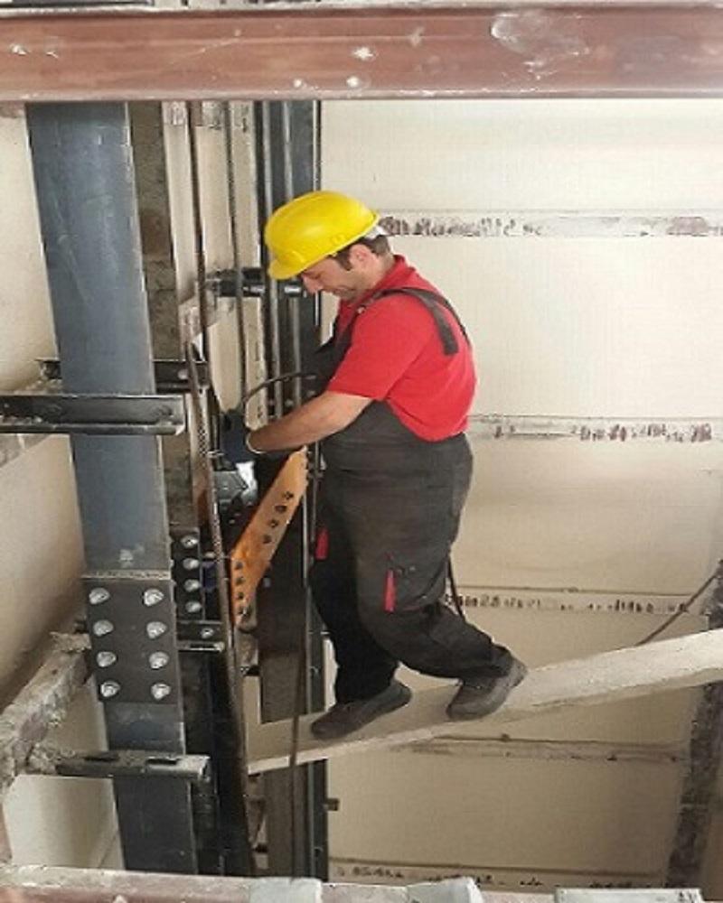 نمونه مراحل نصب آسانسور